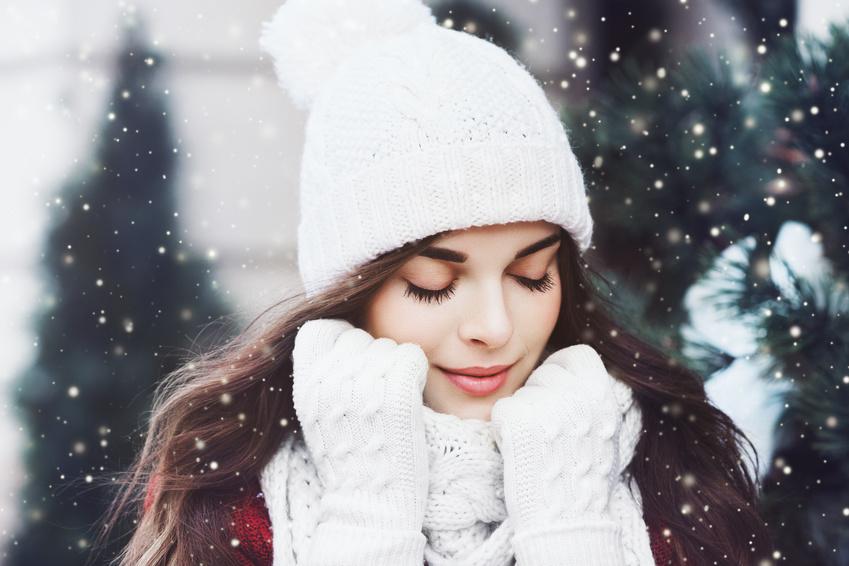 Was hiloft gegen trockene Haare im Winter